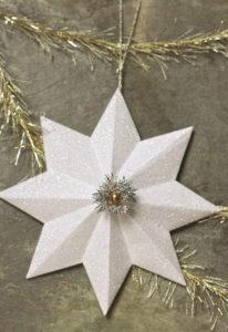 Красивые объемные снежинки из бумаги (1)