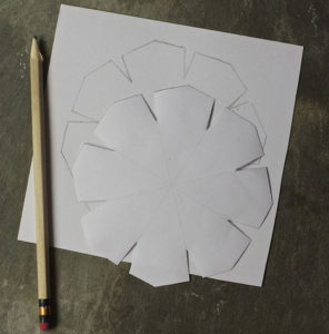 Красивые объемные снежинки из бумаги (2)