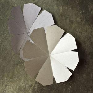 Красивые объемные снежинки из бумаги (3)