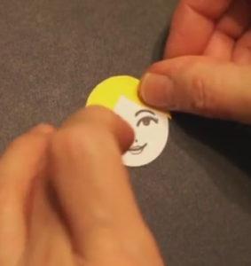 Аппликация на новогоднюю тему. Снегурочка из бумаги своими руками (14)
