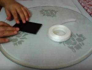 Как красиво упаковать подарок в бумагу (10)