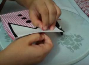 Как красиво упаковать подарок в бумагу (23)