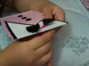 Как красиво упаковать подарок в бумагу (25)