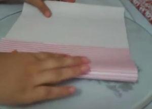 Как красиво упаковать подарок в бумагу (30)