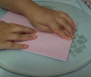 Как красиво упаковать подарок в бумагу (35)