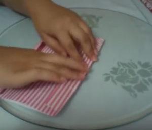 Как красиво упаковать подарок в бумагу (57)