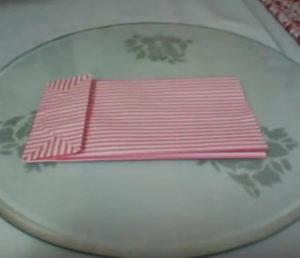 Как красиво упаковать подарок в бумагу (62)