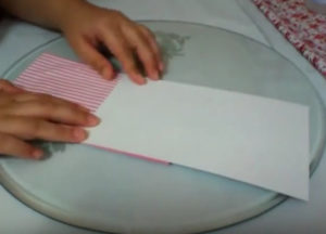 Как красиво упаковать подарок в бумагу (70)