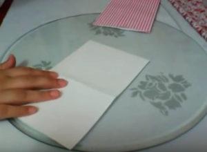 Как красиво упаковать подарок в бумагу (72)