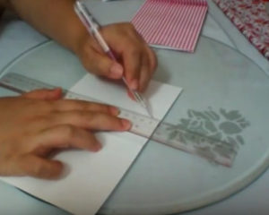Как красиво упаковать подарок в бумагу (73)