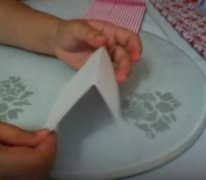 Как красиво упаковать подарок в бумагу (75)