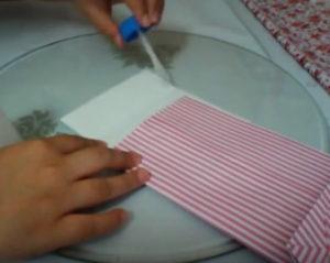 Как красиво упаковать подарок в бумагу (78)