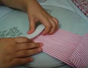 Как красиво упаковать подарок в бумагу (79)