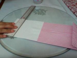Как красиво упаковать подарок в бумагу (82)