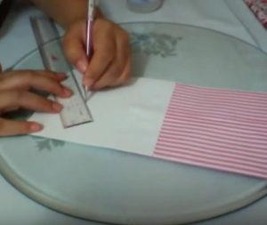 Как красиво упаковать подарок в бумагу (83)