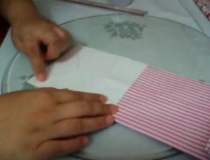 Как красиво упаковать подарок в бумагу (84)