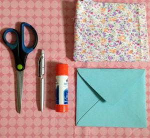 Как сделать маленькие конвертики из бумаги (1)