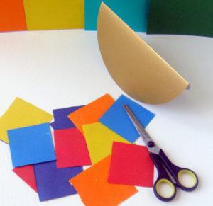 Как сделать открытку на 8 марта. Поделки своими руками для детей детского сада (17)