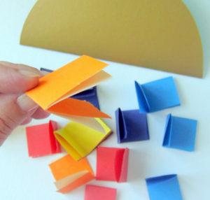 Как сделать открытку на 8 марта. Поделки своими руками для детей детского сада (19)
