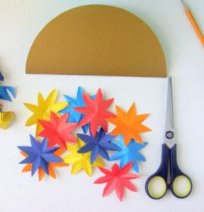 Как сделать открытку на 8 марта. Поделки своими руками для детей детского сада (3)