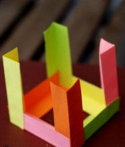 Как сделать поделку из цветной бумаги (11)