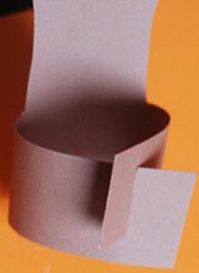 Как сделать поделку из цветной бумаги (22)