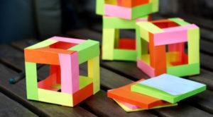 Как сделать поделку из цветной бумаги (4)
