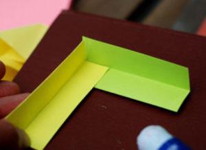 Как сделать поделку из цветной бумаги (8)