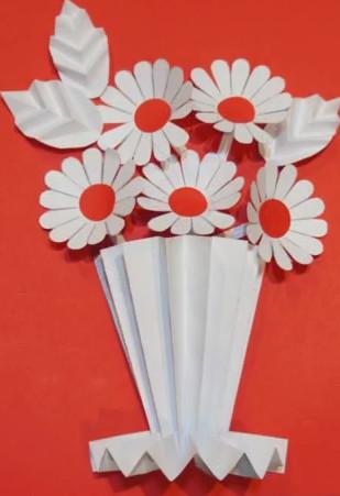 Поделки из бумаги цветной на белом листе