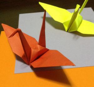 Оригами из бумаги журавлик (24)