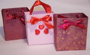 Подарочные пакеты из бумаги своими руками (6)