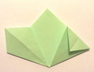 Подарок маме на 8 марта своими руками. Как сделать оригами цветок легко (6)