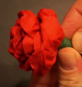 Розочки из салфеток своими руками (65)