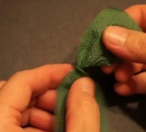 Розочки из салфеток своими руками (86)