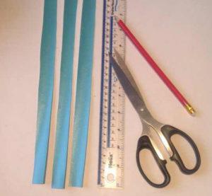 Украшаем коробку для подарка. Самые простые цветы из бумаги своими руками (3)