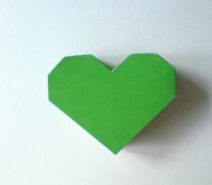 как сделать сердечко из бумаги своими руками (5)