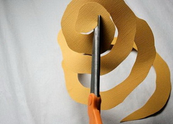 Из бумажных спиралей (12)
