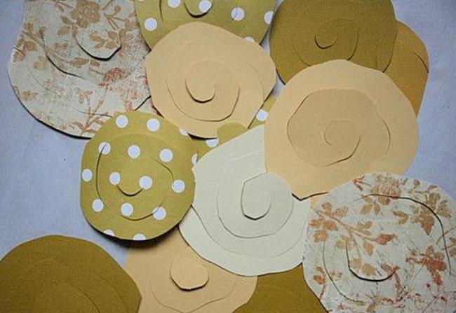 Из бумажных спиралей (15)