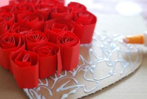 Как делать сердечки из бумаги (2)