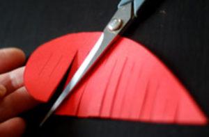 Как делать сердечки из бумаги (36)