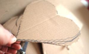 Как делать сердечки из бумаги (43)