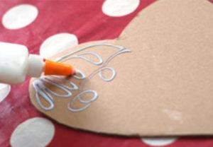 Как делать сердечки из бумаги (47)