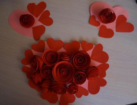 Как делать сердечки из бумаги (54)