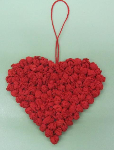Как делать сердечки из бумаги (56)