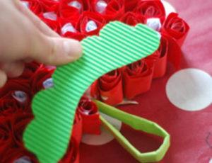 Как делать сердечки из бумаги (7)