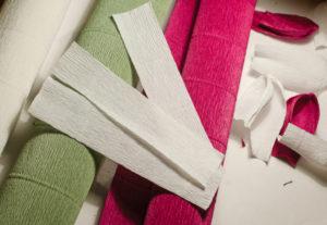 Крокусы из гофрированной бумаги (15)