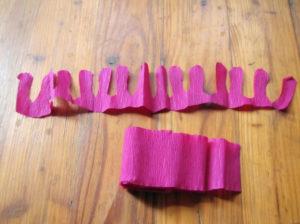 Пионы из гофрированной бумаги (13)