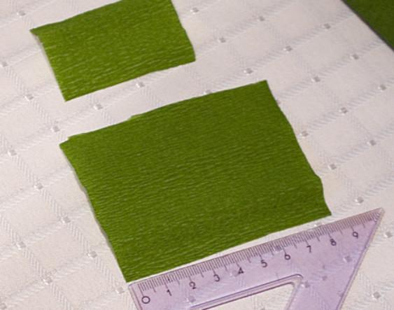 Подсолнух из гофрированной бумаги (15)