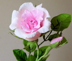 Роза из гофрированной бумаги (3)