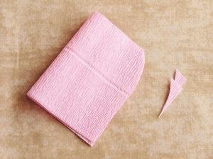 Роза из гофрированной бумаги (6)